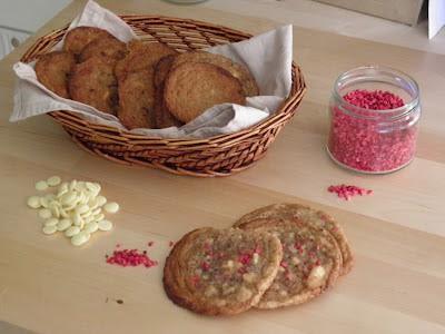 Cookie med hvid chokolade og hindbær