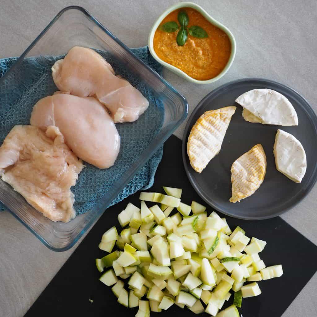 Squash i fad med kylling og ost opskrift