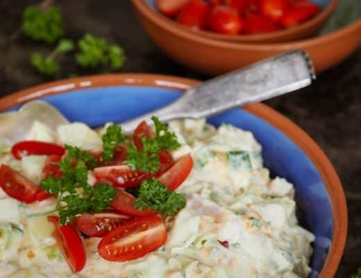 Kold kartoffelsalat med et tvist af grønt