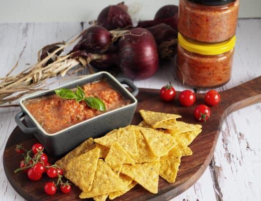 Hjemmelavet tomatsalsa med friske tomater opskrift