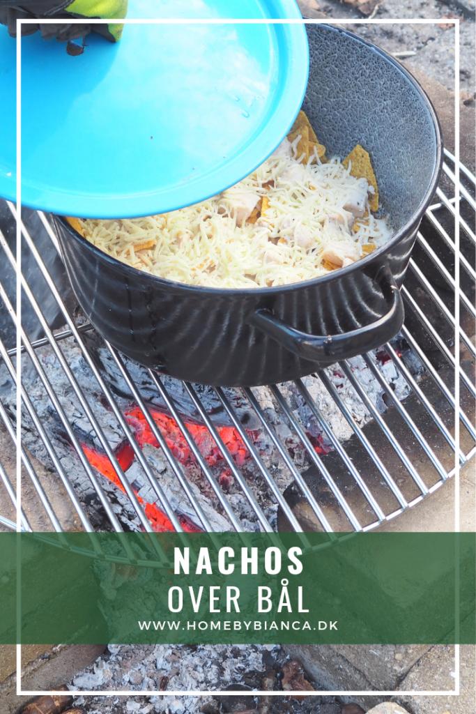 Nachos over bål