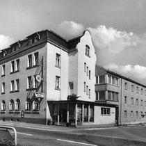 Hotel Grader 25