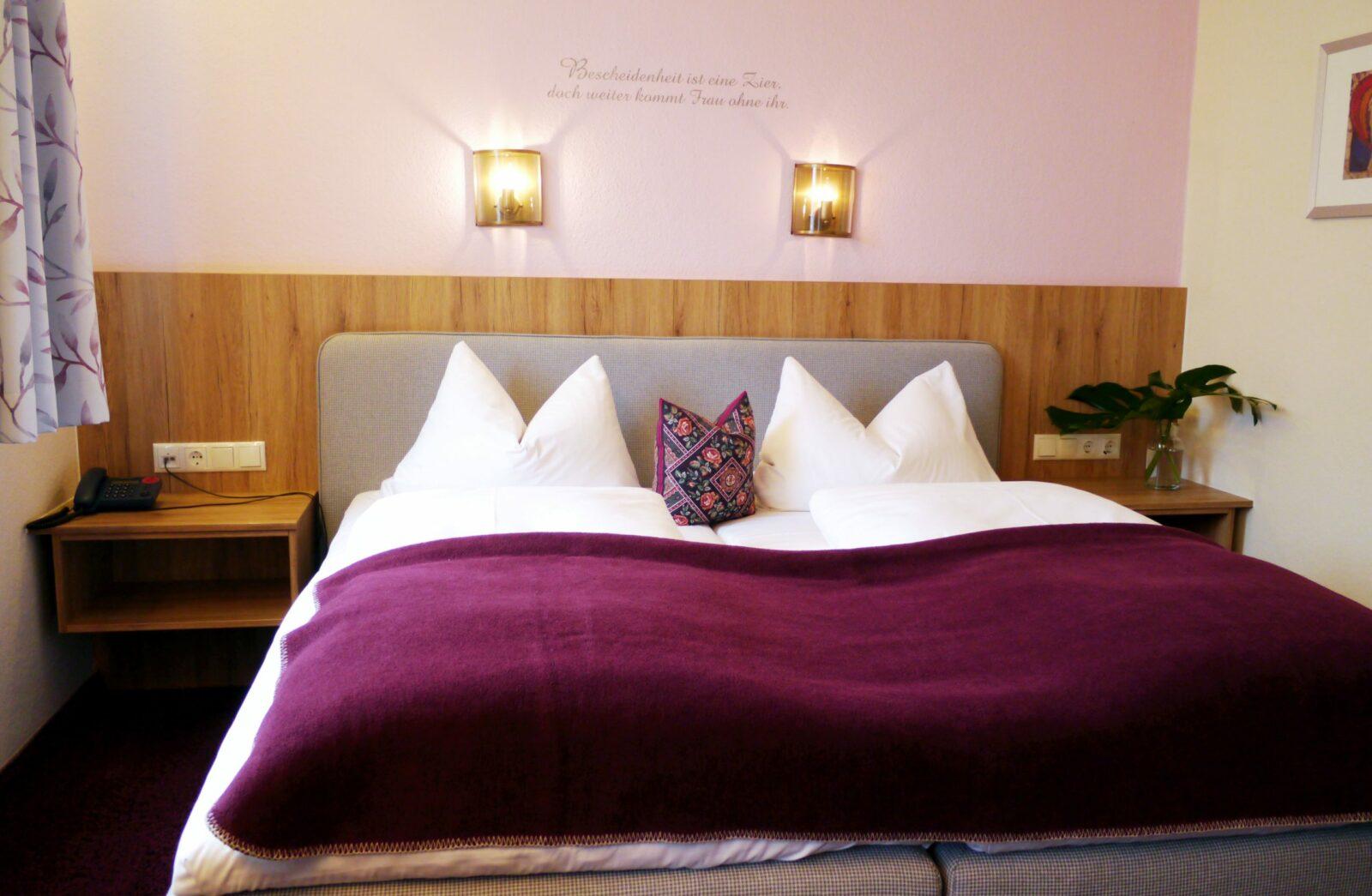 Hotel Grader 17