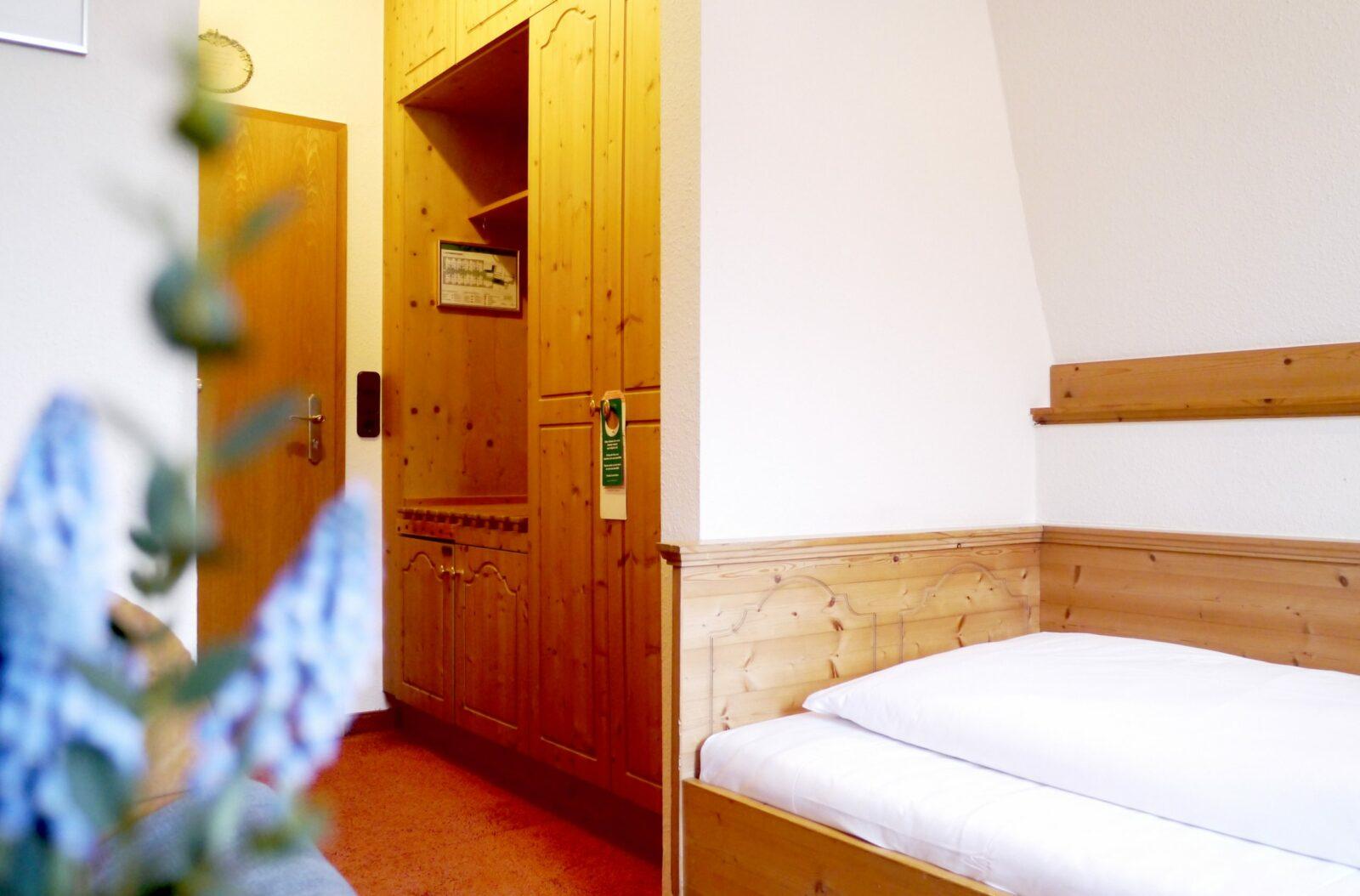 Hotel Grader 3