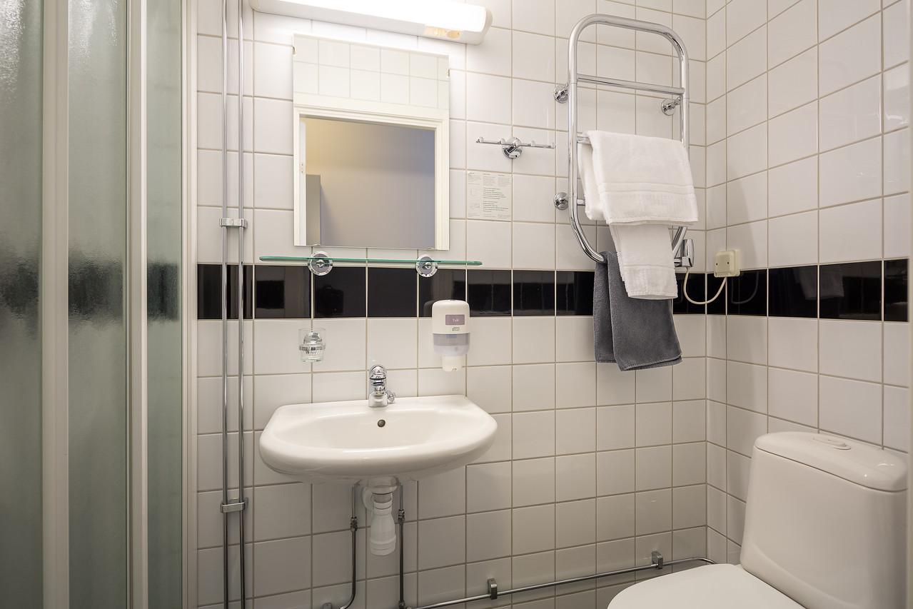Hotell_Leksand_badrum110-1-X2