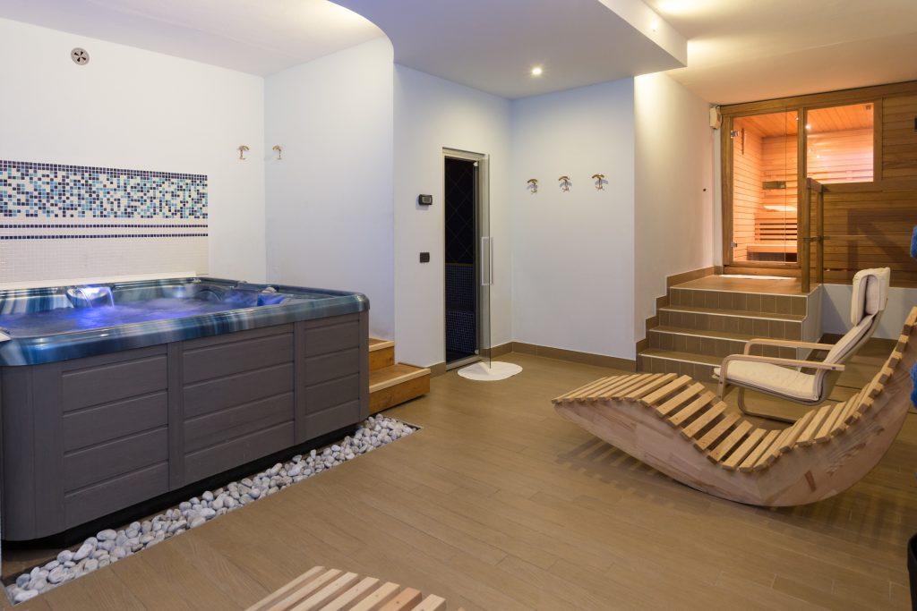 centro benessere hotel mare pineto