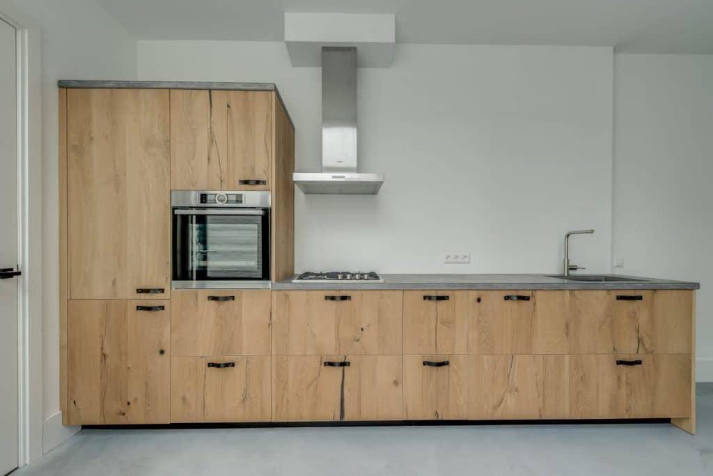 Betonnen keukenblad | Houten fronten op maat