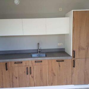 Keuken vernieuwen met nieuwe fronten en aanrechtblad