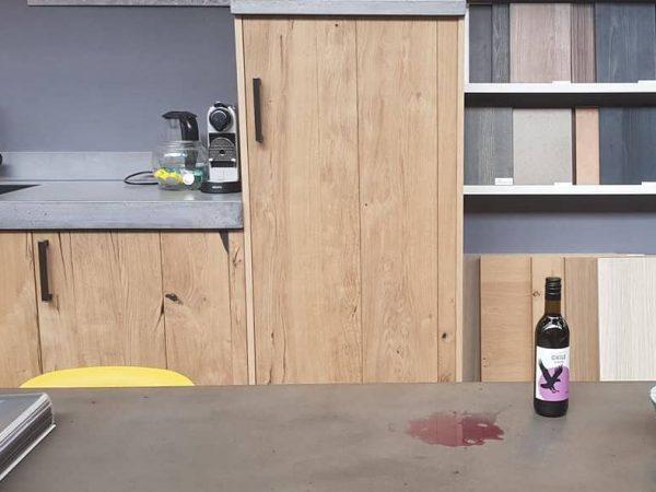 Onze unieke behandeling coating betonnen keukenblad