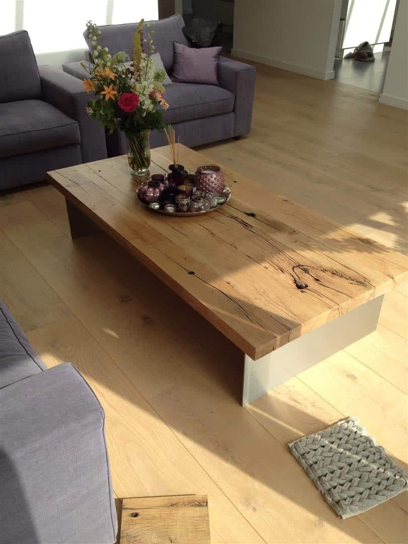 Oud eiken salontafel met rvs