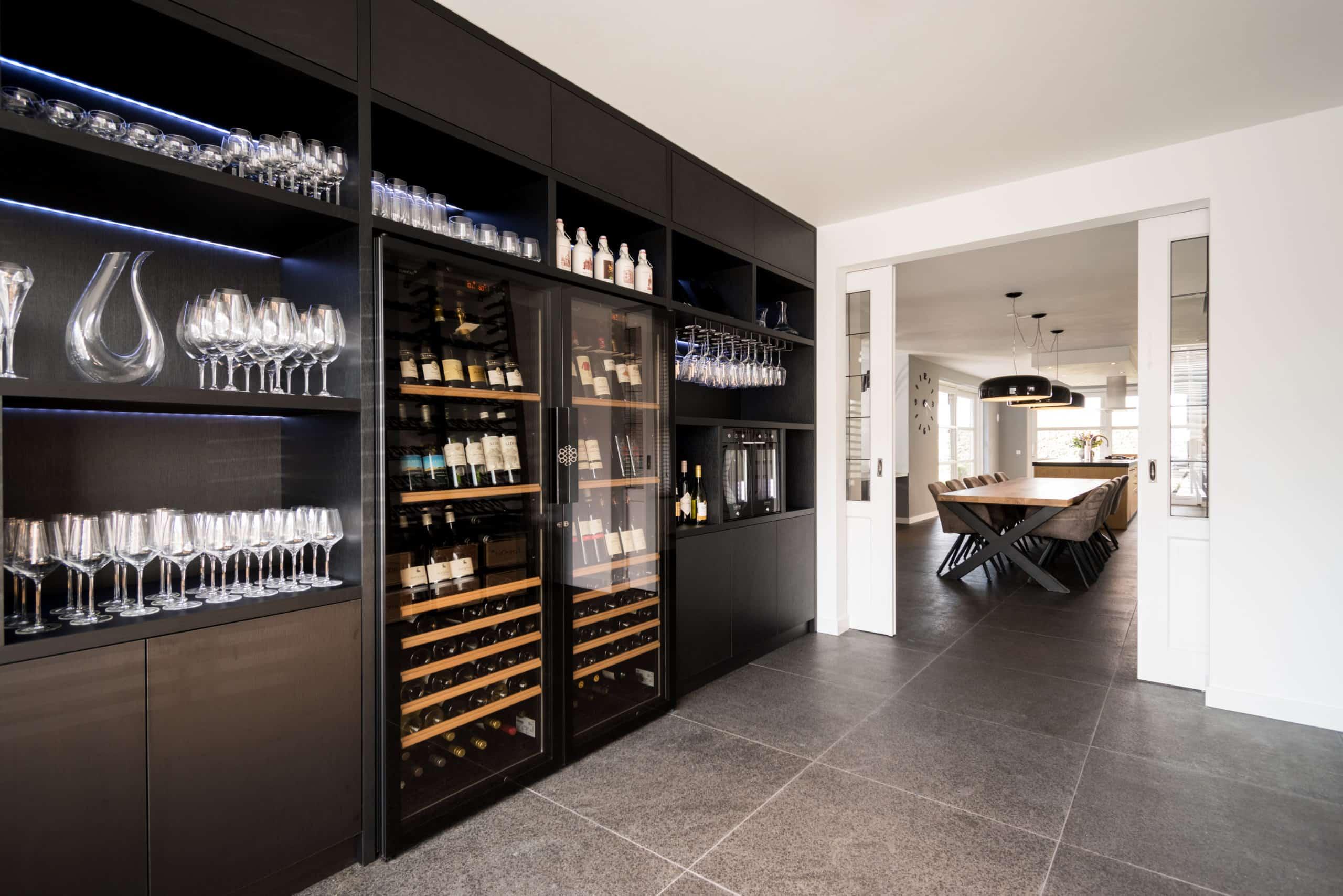 Wijnkast| houtenvorm
