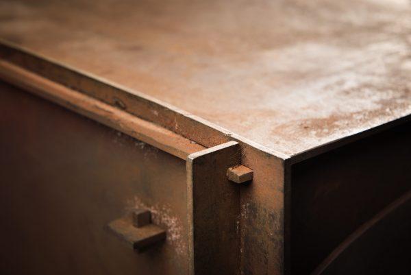 solid utepeis i stål