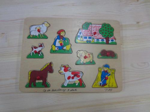 P155 - Houten puzzel boerderij