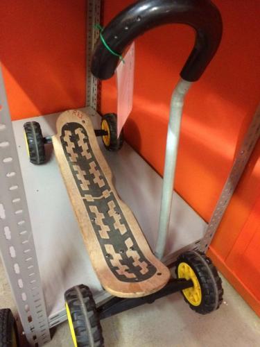 R33 - Alle tereinnen skateboard