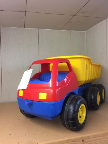 R62 - reuzen vrachtwagen