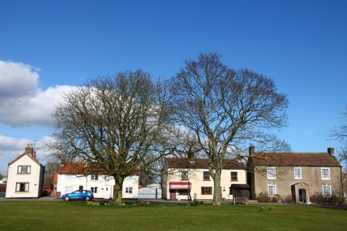 Hutton Cranswick Village