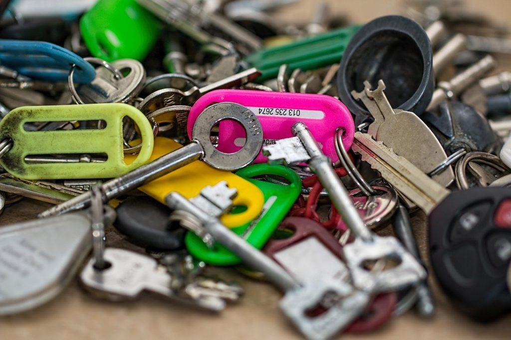 Hvad tjener en låsesmed