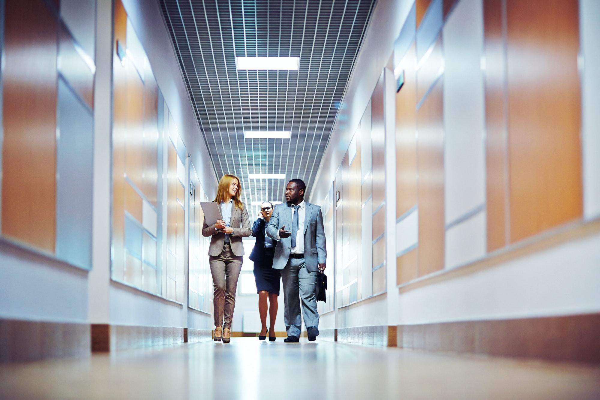 Et webbureau er et firma, der arbejder med online kommunikation og digital markedsføring