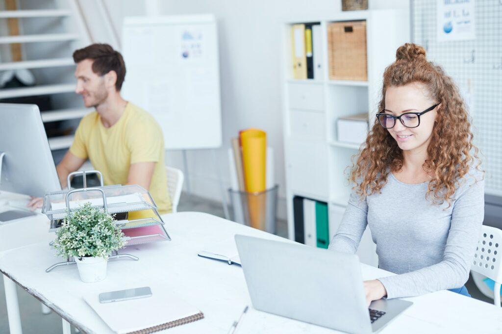 Hvad laver en e-designer?