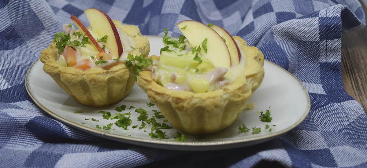 Tarteletter med skinke og spidskål