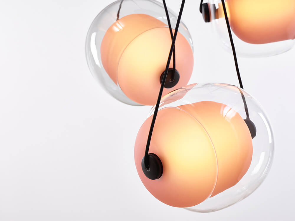Lámpara Capsula de Brokis color naranja