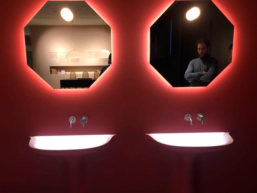diseño de proyectos de baño con iluminación interior Antonio Lupi