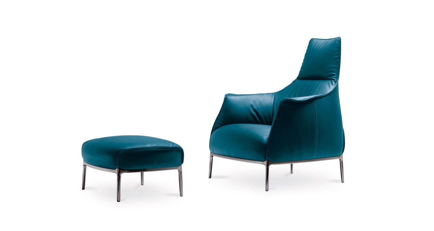 sillón y puff Archibald de Poltrona Frau diseño italiano