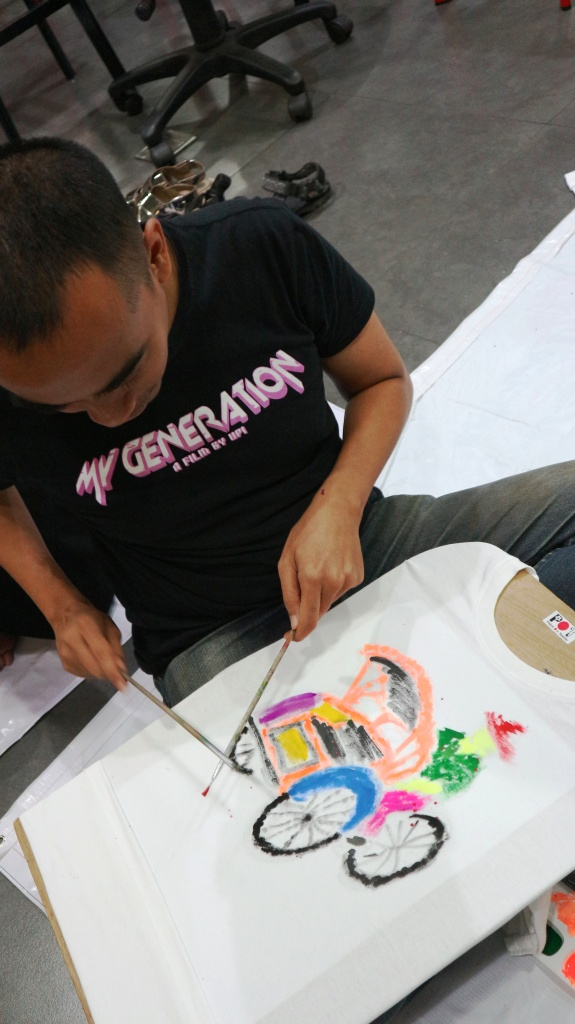 workshop painting on t shirt
