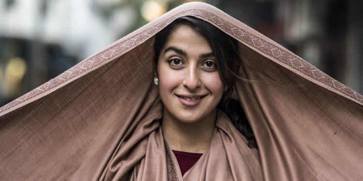 Kvinner leder an i den kolossale vekkelsen i Iran.