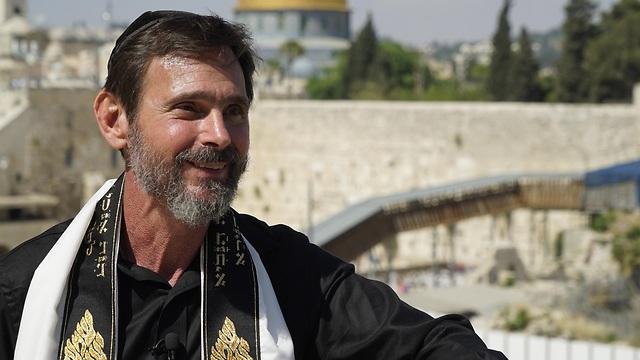 Kirt Schneider, messiansk rabbiner.