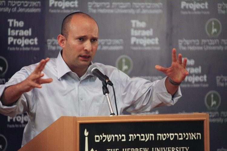Naftali Bennett (foto: The Israel Project, i Wikimedia Commons).