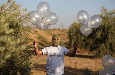 Fredag 7. mai startet brannballonger 8 branner i det sørlige Israel.