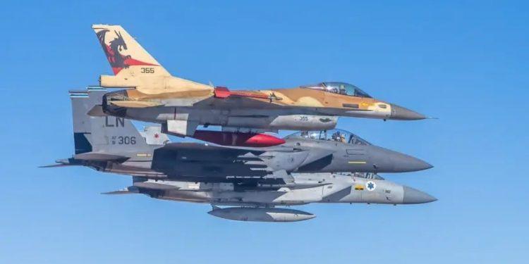"""Israelske og amerikanske fly under øvelsen """"Desert Eagle"""". Foto: IDF SPOKESPERSON'S OFFICE."""