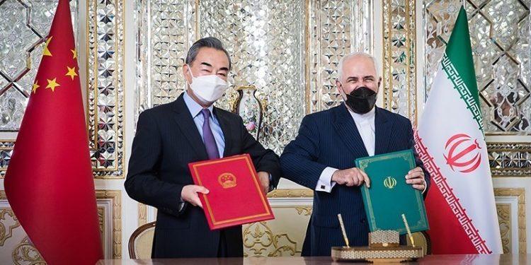 Iran og Kina undetegnet er 25-årig avtale for samarbeid i mars. Foto: Erfan Kouchari/Tasnim News Agency, i Wikimedia Commons.