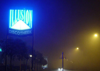Illusion in the mist