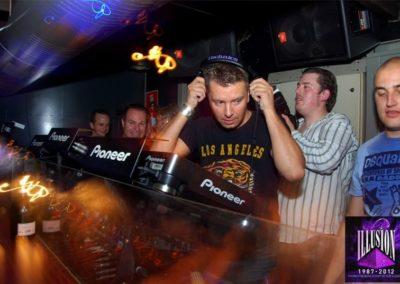 DJ Wout