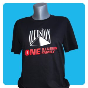 One Illusion One Family Zwart