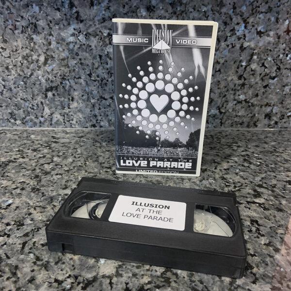 VHS Illusion at the Love Parade