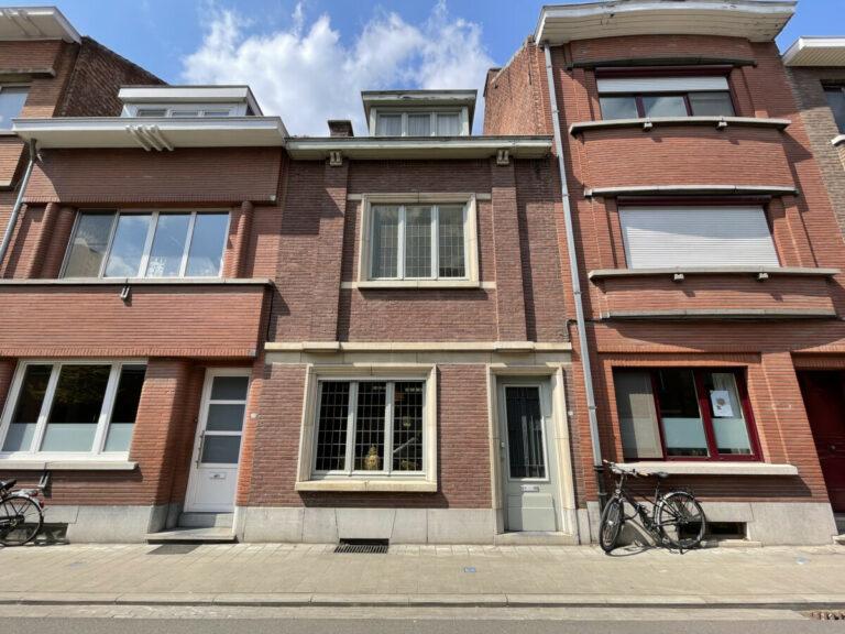 Leuven te koop centraal gelegen gezinswoning met 4 slaapkamers en tuin Immo Bunkens