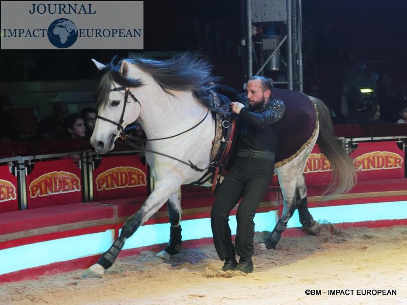 13-cirque Pinder dec 2019 13