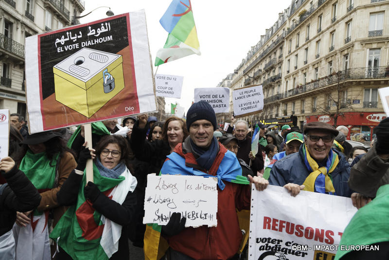 24-manif algeriens 24