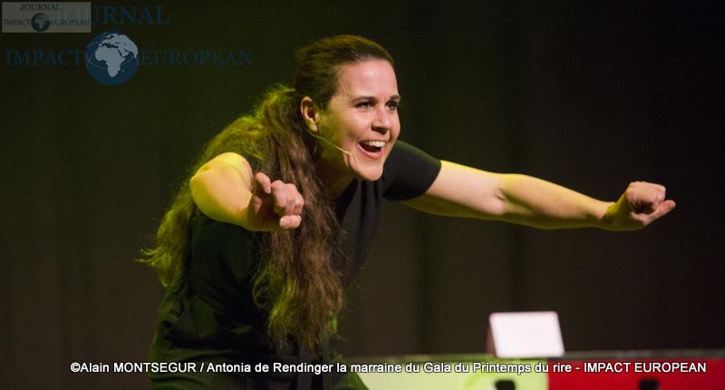 Antonia de Rendinger la marraine du Gala du Printemps du rire 10