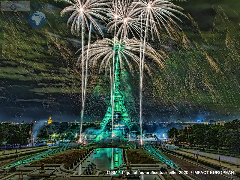 feu artifice tour eiffel 2020 11