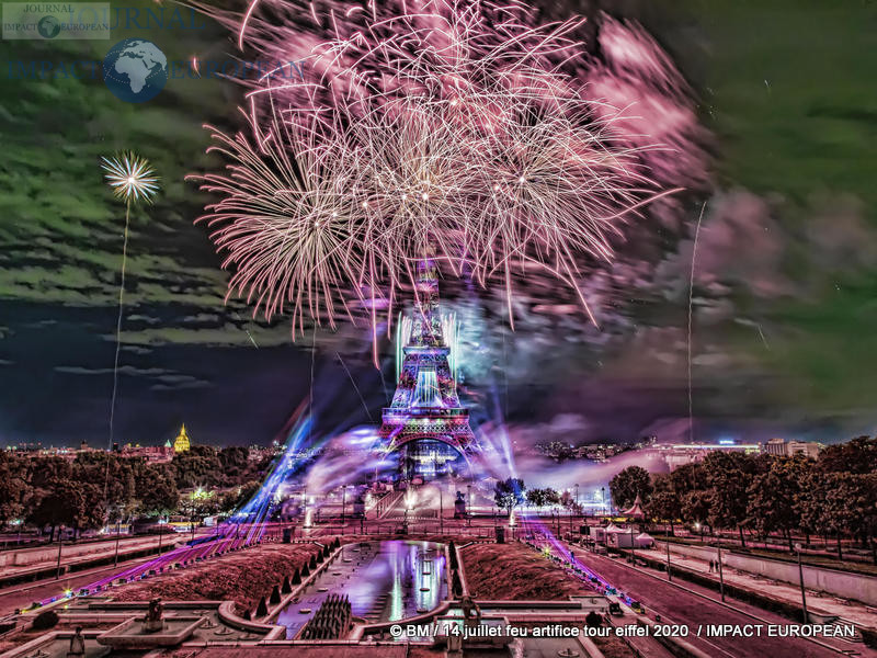 feu artifice tour eiffel 2020 13