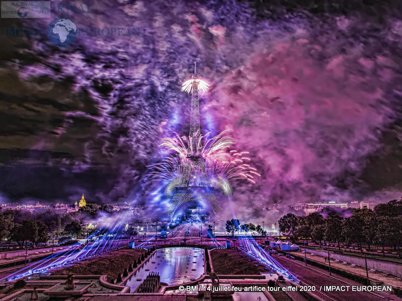 feu artifice tour eiffel 2020 32