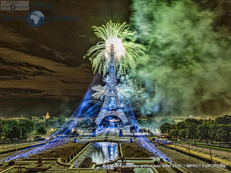 feu artifice tour eiffel 2020 36