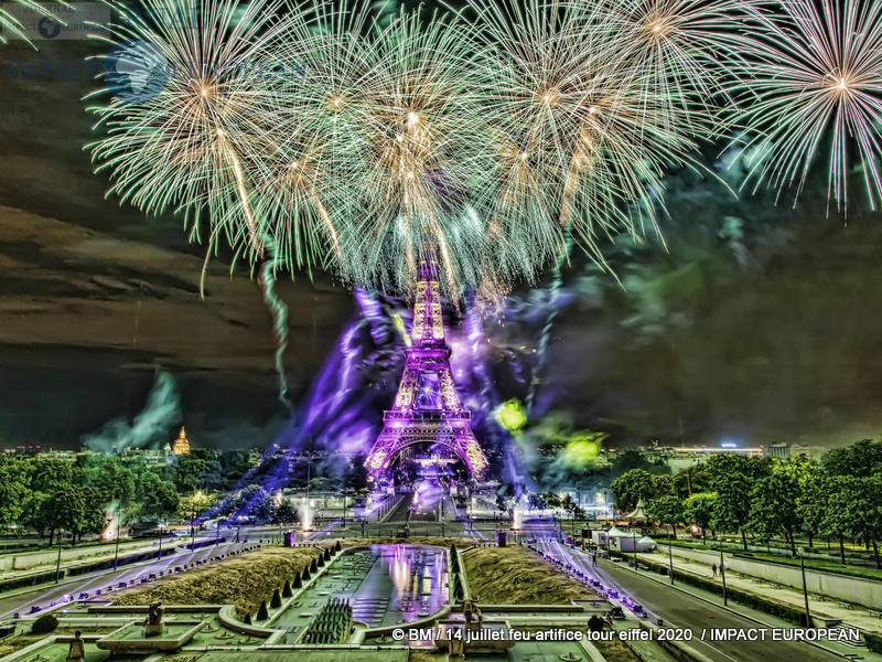 feu artifice tour eiffel 2020 38