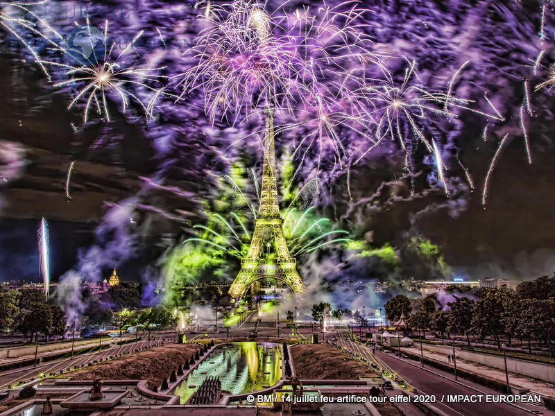 feu artifice tour eiffel 2020 39