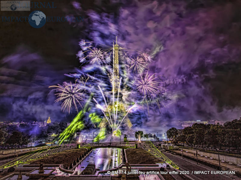 feu artifice tour eiffel 2020 44