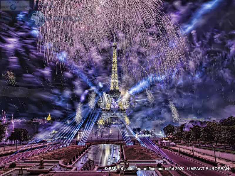 feu artifice tour eiffel 2020 52